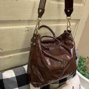 Hobo International Sheila bag with guitar strap